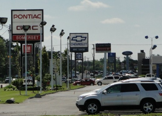 Auto dealerships in Troy, Michigan