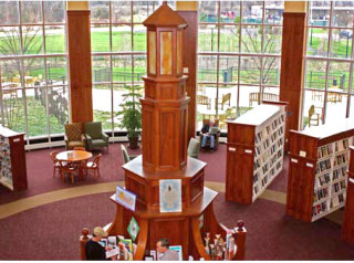 Library rotunda in Hudson, Ohio
