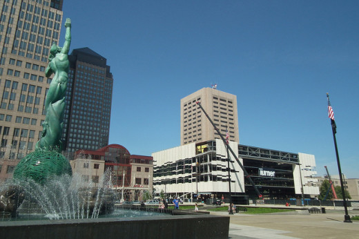 Cleveland's Global Center for Health Innovation is located in the heart of downtown, next to the city's War Memorial Fountain. Photo by Erik Drost; Flickr Creative Commons License.