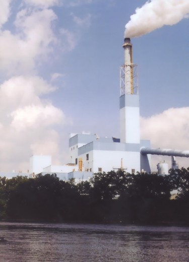Verso-Mill-smokestack