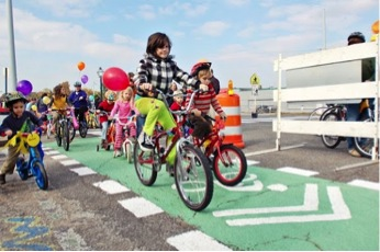 Recreational bikers test driving the new bike lanes at during the 'New Face for Old Broad event in Memphis, TN.