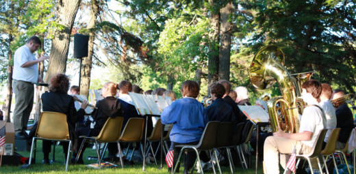 Sartell's community band.